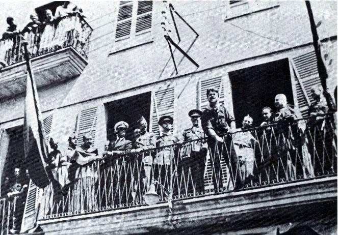 Miting del Comte Rossi a Manacor. A la seva esquerra Luis García Ruiz i Mateu Zaforteza Musoles i més a la dreta el bisbe Josep Miralles