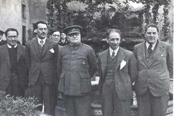 1938 : Antoni Maria Sbert, el general Miaja i el president de la Generalitat Lluís Companys